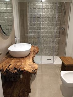 A small bathroom with a rough wood countertop Rustic Bathroom Designs, Rustic Bathrooms, Wood Bathroom, Bathroom Furniture, Bathroom Interior, Modern Bathroom, Master Bathroom, Small Bathrooms, Bad Inspiration