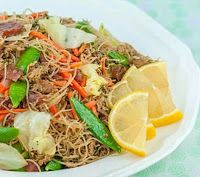 I'm Turning 60...: Folklorama: Pancit and Deep-Fried 5-Spice Chicken 5 Spice Powder, Turning 60, Ginger Slice, Pancit, Cabbage Leaves, Asian Recipes, Ethnic Recipes, Chicken Spices, Chow Mein