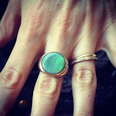 How to wear an opal! Loving the colour!