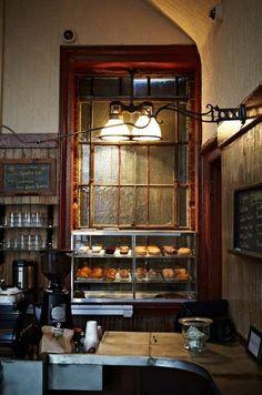El mostrador del Café Bowery en Nueva York.