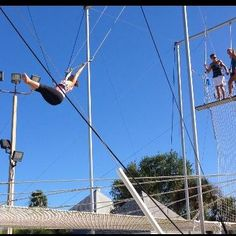 E.F. trapezes - Weekend Update - News from readers who've got Some Nerve!