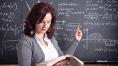 Türk öğretmenler daha çok çalışıp daha az kazanıyor