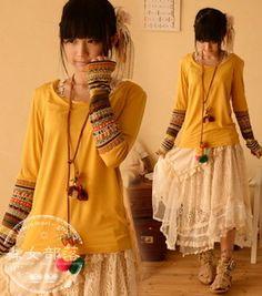 ensemble pull sweet haut jaune et manches tee-shirt motifs jupe dentelle