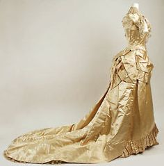 M.A. Connelly Wedding Ensemble, Met Museum, 1887-1889 (side view)
