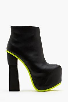 Yasmine Platform Boot - Black