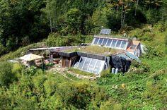 Habitat earthship escargo, Canada © Serge Desrosiers / Vitalproductions