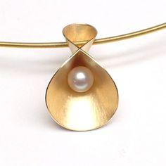 Hangers - Cardillac Jewelry
