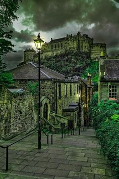 The Vennel- Edinburgh July 2015