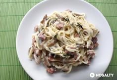 Sonkás kapros spagetti Spagetti, Cabbage, Vegetables, Ethnic Recipes, Food, Veggies, Vegetable Recipes, Meals, Cabbages