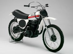 This was a production model replica of the YZM250 (0W12) that won the World Motocross Championship and All Japan Motocross Championship titles in 1973.