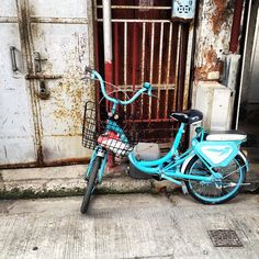 #beauty and #contrast everywhere #backstreets and #bicycle
