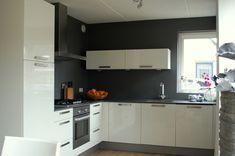 keuken donkergrijze muren - Google zoeken