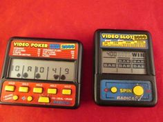 RADICA VIDEO POKER ROYAL FLUSH 2000 ELECTRONIC HANDHELD GAME + slot 5000  #Radica