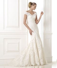 Wedding Philippines - Wedding Dresses - Atelier Pronovias 2015 Bridal Pre-Collection - 02 Kaira 1