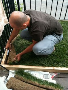 Charming DIY Dog Potty Patch With REAL Grass! Great For An Apartment Patio! Make The  Frame Taller So It Wont Be As Messy Either :) Perfect For Those Late Niu2026