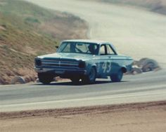 Richard Petty very rare pic of the 65 plymouth chrysler pulled out of nascar early in 65 forced petty to go drag racing  luckly chrysler came back to nascar in 66