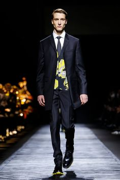 A look from the Dior Homme Fall 2015 Menswear collection.