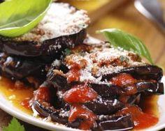 Aubergines au parmesan : http://www.fourchette-et-bikini.fr/recettes/recettes-minceur/aubergines-au-parmesan.html