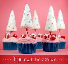 Cupcakes and Christmas :)