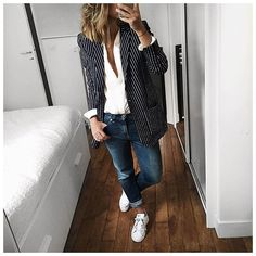 Entier d'hier avec changement pour Stan pour le soir! • Wool Jacket #margauxlonnberg (on @shopnextdoor) • Silk shirt #margauxlonnberg (on @shopnextdoor) • Jean #celine (old) • Sneakers #stansmith (on @adidasfr) ...