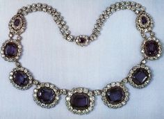 In 1973, a sapphire and diamond necklace which belonged to the crown jewels of France was auctioned at Christie's.