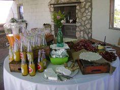 Vintage pastel colour wedding - Pre Drinks
