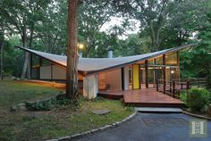 44 BENEDICT HILL ROAD, New Canaan, Connecticut designed by James Evans, 1960