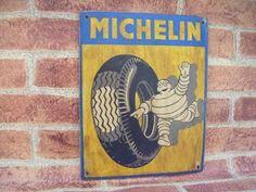 Letrero Retro realizado y pintado a mano estilo envejecido. http://tumuebleconsolajvg.webs.tl Letreros al mejor precio.