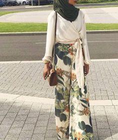 New style hijab kulot simple 22 ideas Hijab Casual, Casual Dress Outfits, Hijab Chic, Summer Dress Outfits, Summer Fashion Outfits, Modest Outfits, Modest Fashion, Girl Fashion, Hijab Fashion Casual