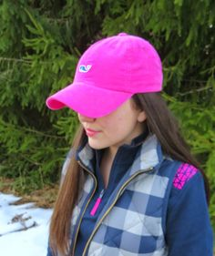 Pink and Navy Prep @vineyardvines