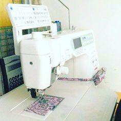 Mein #baby wieder #einsatzbereit #nähmaschine #sewingmachine #janome #sewingspace #tidy #aufgeräumt #arbeitsplatz #workingspace #craftroomorganization #nähen #sewing