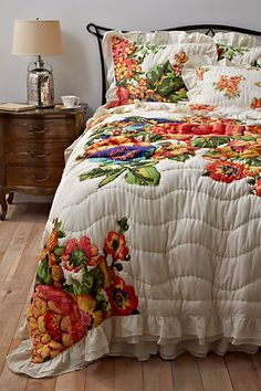 I have a true green room I don't want to paint over.  This seemed perfect.  Esperanza Bedding #anthropologie