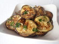 Vinete cu usturoi Low Carb Recipes, Vegan Recipes, Cooking Recipes, Roh Vegan, Romanian Food, Hungarian Recipes, Vegan Dinners, Vegetable Recipes, Good Food