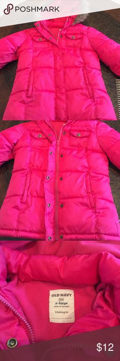 Old Navy Girls X-Large Winter Coat Old Navy Winter Coat has an attached hood. In great shape! No issues except a small ink pen spot on right lower bottom of Coat. Fits more like a 10-12 girls. Old Navy Jackets & Coats Puffers