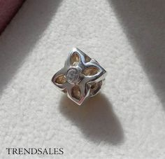 Pandora charm, ærteblomst / flower 790260cz, p9 - str. Alm. - Sølv