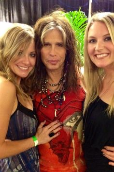 Talor an Independent Brand Partner with Nerium International bumps into Steven Tyler :)  http://katfriant.nerium.com or call (302)690-2866 and start Nerium Ripples in your area today! Ask for Kathryn :)