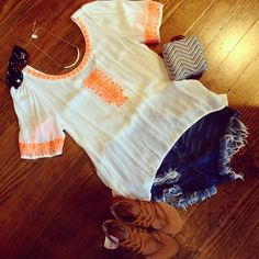 LoLus Fashion: Gorgeous Outfit I want This Top!