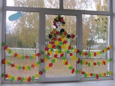 # entries # for fenster grundschule Leaf Crafts, Tree Crafts, Diy Quilling Crafts, Toddler Crafts, Crafts For Kids, Christmas Diy, Christmas Decorations, Easy Fall Crafts, Back To School Crafts