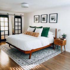 Modern Bed Mid Century Modern Master Bedroom, Modern Bedroom Design, West Elm Bedroom, West Elm Bedding, Home Decor Bedroom, Midcentury Bedroom Decor, Eclectic Bedroom Decor, Eclectic Bedding, Modern Apartment Decor
