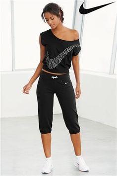 Buy Nike Black Diamond T-Shirt  | Shop @ FitnessApparelExpress.com
