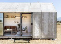 Ultrakompakt designhus i beton og træ kan flyttes efter behag - Euroman