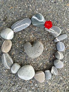 Kathy Lohrman's Rock Art - Pacific Northwest 'wishing stones' & natural heart stone.