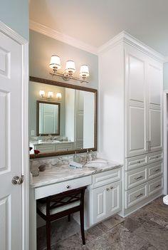 area small built in makeup area & small sink. needs better lighting tho.small built in makeup area & small sink. needs better lighting tho. Bathroom With Makeup Vanity, Small Bathroom Vanities, Bathroom Renos, Vanity Sink, Bathroom Interior, Master Bathroom, Bathroom Remodeling, Gray Bathroom Decor, Makeup Vanities