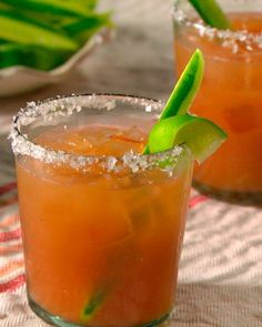 This cocktail of tequila, club soda, tomato juice, and citrus juices is a fizzy spin on the classic Bloody Mary. Mexican Alcoholic Drinks, Mexican Cocktails, Alcoholic Beverages, Citrus Juice, Tomato Juice, Orange Juice, Grapefruit Juice, Mixed Drinks Alcohol, Gastronomia