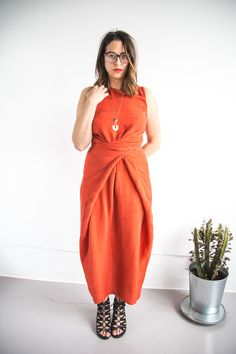 The Kielo Wrap dress by Named Patterns in red silk // Handmade by Closet Case Patterns https://closetcasepatterns.com/lady-red-silk-kielo-wrap-dress/