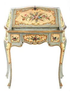 19th century painted desk, Italy
