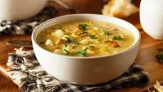 An iconic summer soup, corn chowder is too often overly rich with bacon and quantities of butter, cream, or half-and-half, plus the added glycemic load of potatoes Cucumber Dill Salad, Sweet Corn Soup, Celery Rib, Chowder Recipes, Chili Recipes, Soup Recipes, Recipies, Dinner Recipes, Tomato And Cheese