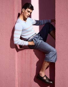 Giorgio Armani Makes a Case for Relaxed Spring Tailoring