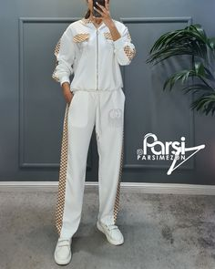 Jumpsuit, Dresses, Fashion, Stockings, Overalls, Vestidos, Moda, Fashion Styles, Jumpsuits