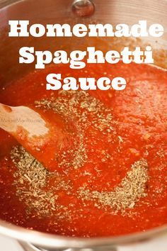 Homemade Spaghetti Sauce is easy to make, once you learn how you will never go back to buying sauce.With fresh ingredients and a few minutes its done. # pasta sauce recipes The BEST Easy Homemade Spaghetti Sauce Recipe Spaghetti Sauce Easy, Homemade Italian Spaghetti Sauce, Spaghetti Recipes, Bacon Spaghetti Sauce Recipe, Quick Sauce For Pasta, Simple Tomato Sauce, Italian Red Sauce Recipe, Pasta Sauce Instant Pot, Pioneer Woman Spaghetti Sauce